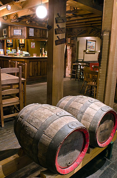 ENG: West Midlands Region, Staffordshire, The Trent Valley, Burton-on-Trent, Marstons Brewery, Shobnall, Visitors Center, a Cask Marque rated pub [Ask for #270.235.]