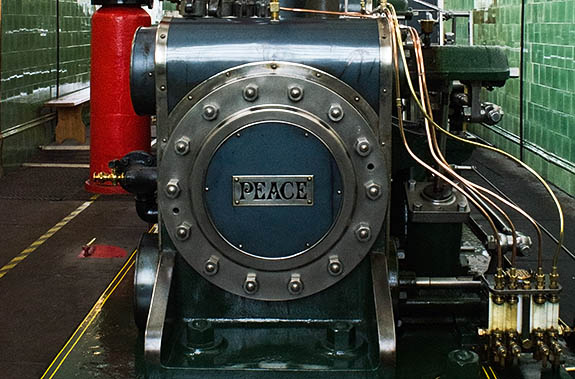ENG: The Northwest Region, Lancashire, The Pennines, Burnley Borough, Briercliffe, Queen Street Mill, Steam engine, named PEACE, which still powers this fully functioning Victorian textile plant [Ask for #270.384.]